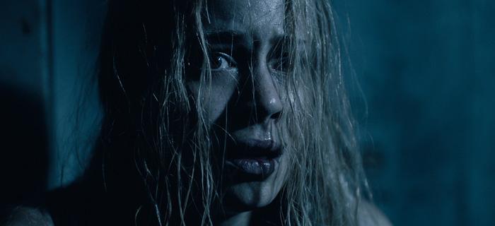A atriz Leandra Leal se entrega ao terror em O Rastro.