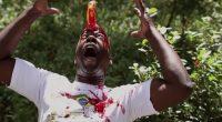Bananas canibais assassinas que querem se vingar por causa de séculos sofrendo com a repressão humana! Precisa mais?