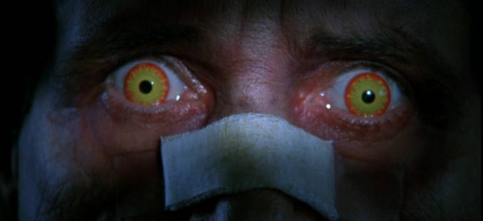 O Exorcista III (1990)