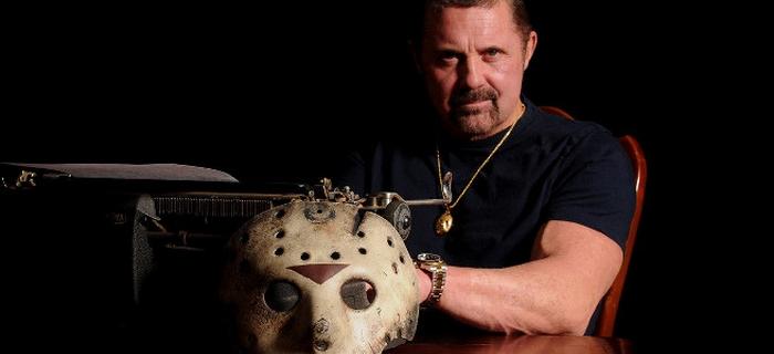 Documentário narra a trágica história do ator que interpreta Jason