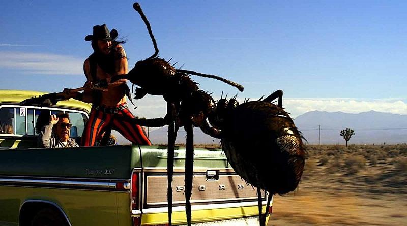 Comédia Dead Ant traz formigas gigantes ao som de glam rock