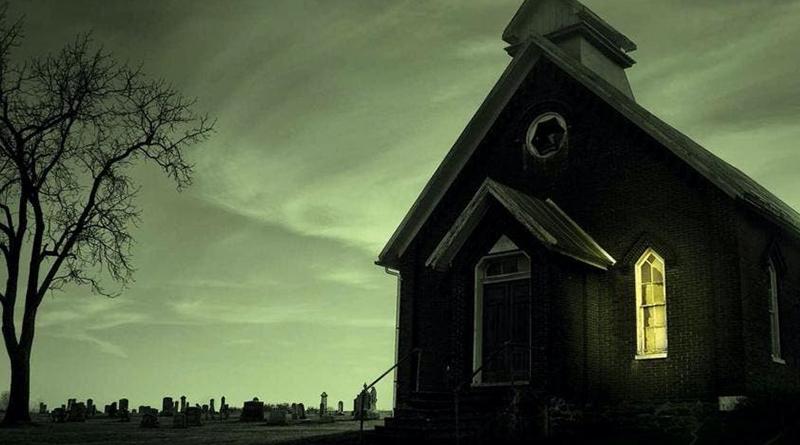 """Mike Flanagan diz que sua adaptação de Revival, de Stephen King, será """"sombria e cruel"""""""
